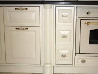 Выполненные на заказ кухни из массива дерева - Фото 5